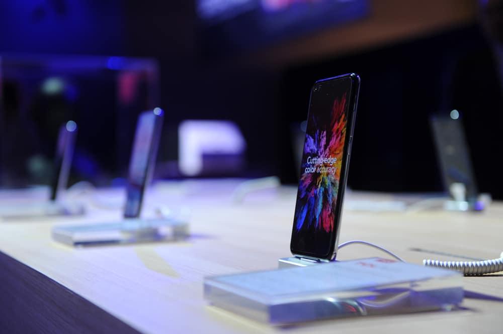 IFA 2019 - Plex : le premier smartphone de TCL se dévoile
