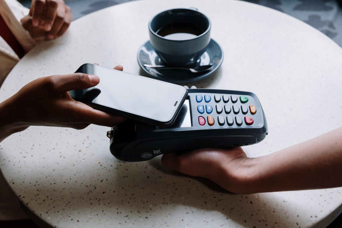 iPhone : l'Union européenne demande à Apple d'ouvrir ses puces NFC à la concurrence