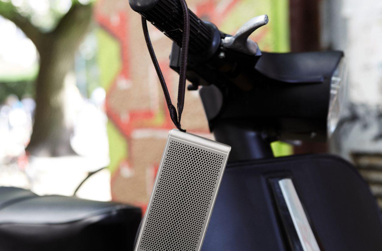 Loewe lance la klang m1, une enceinte Bluetooth de poche