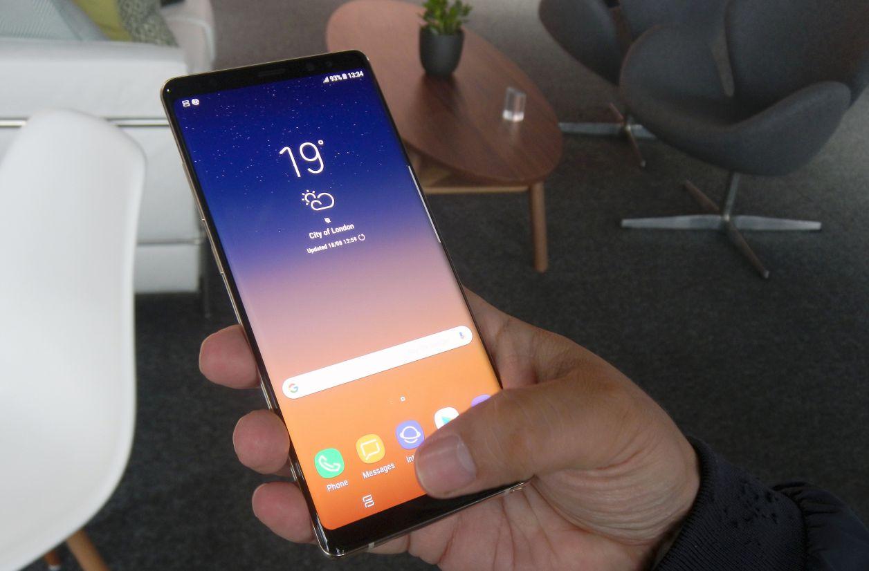 Prise en main du Samsung Galaxy Note 8 : un Galaxy S8+ avec un stylet ?