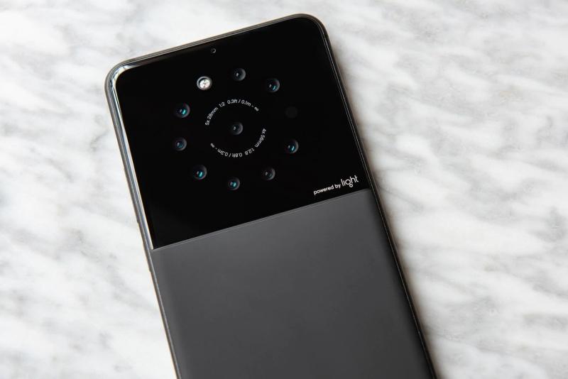 Sony et Light s'associent pour des smartphones à 4 capteurs photo... et plus